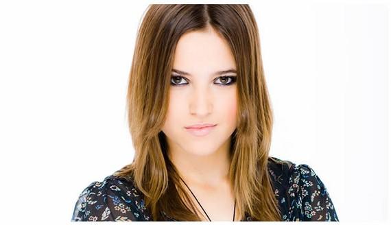 Ana Fernandez de 'Los Protegidos' la lía parda