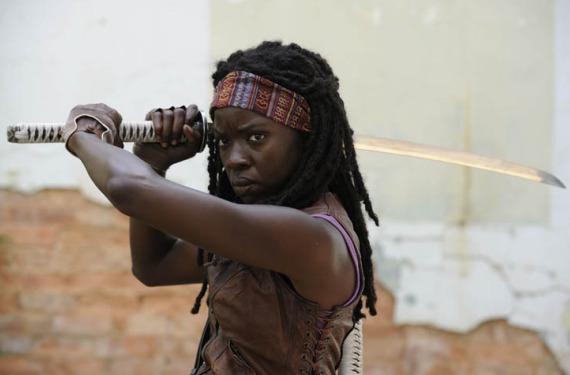 michonne2a Primeras fotos promocionales de The Walking Dead