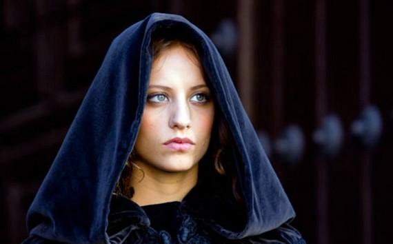 Isabel Copiar Isabel lidera la noche del lunes por encima de La que se avecina