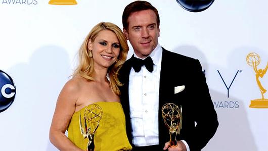 Claire Danes y Damian Lewis premiados por su trabajo en Homeland . Lista de premiados en la edición 2012 de los Emmy