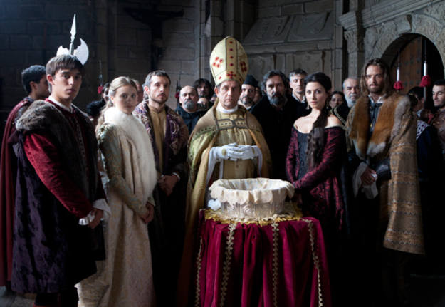 Escena del primer episodio de 'Isabel' en La 1.