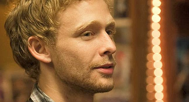 Fallece el actor Johnny Lewis.