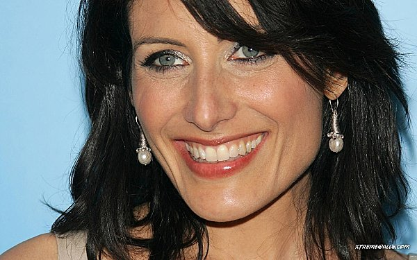 Lisa Edelstein la Doctora Cuddy en House se suma al reparto de Elementary Elementary 1×08: The Long Fuse