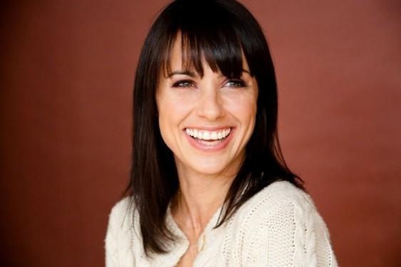 Constance Zimmer Copiar Constance Zimmer nuevo fichaje de la segunda temporada de The Newsroom