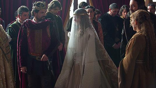 Isabel sigue cosechando %C3%A9xitos y nominaciones por su primera temporada. Isabel arrasa en las nominaciones de los Premios Iris