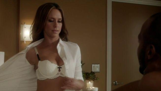 Jennifer Love Hewitt en una escena de The client list. The Client List estrena esta noche su segunda temporada en Divinity