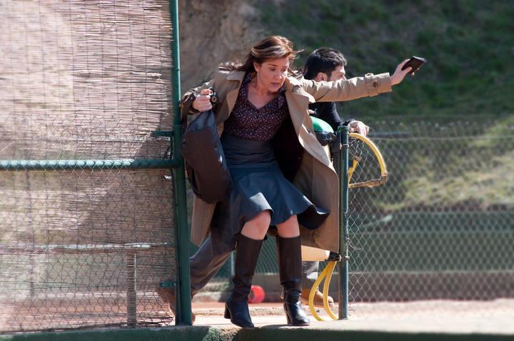 Laura Lebrel papel interpretado por Mar%C3%ADa Pujalte en Los misterios de Laura. Los misterios de Laura 1x06: El misterio del cadáver anunciado