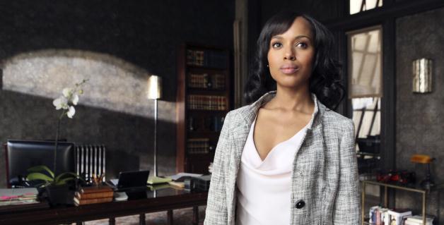 La actriz Kerry Washington encabeza el reparto de la serie Scandal...... Scandal 2x09 y 2x10: Liquidados y Uno para el perro