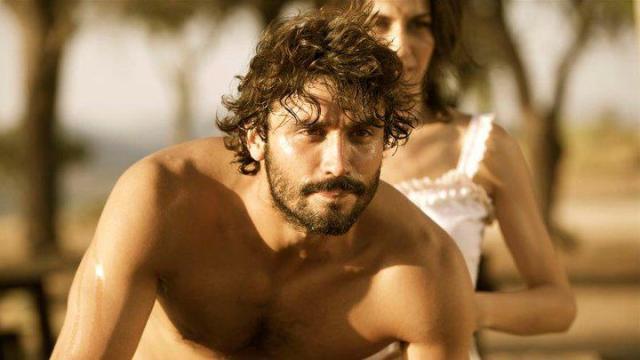 Álex García es el protagonista de 'Tierra de Lobos' en Telecinco.