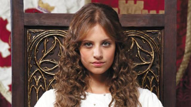 Michelle Jenner es Isabel en la serie 'Isabel'.