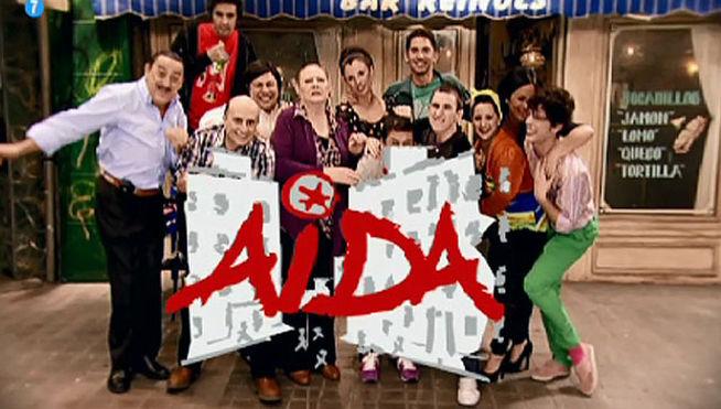 Parte del elenco de la serie 'Aída'.