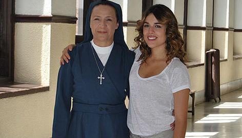 Blanca Portillo y Adriana Ugarte en 'Niños robados'.