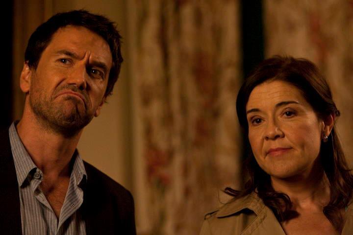 Oriol Tarrasón y María Pujalte en 'Los misterios de Laura'.
