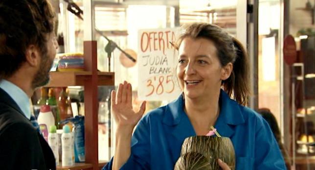 Goizalde Núñez es Lola en la serie 'Con el culo al aire'.