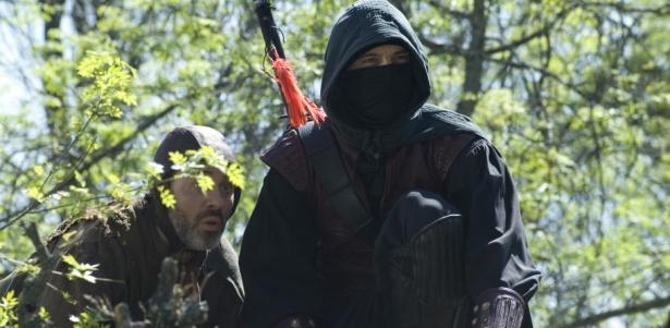 Sátur y Águila Roja en una escena de la serie de La 1 de TVE