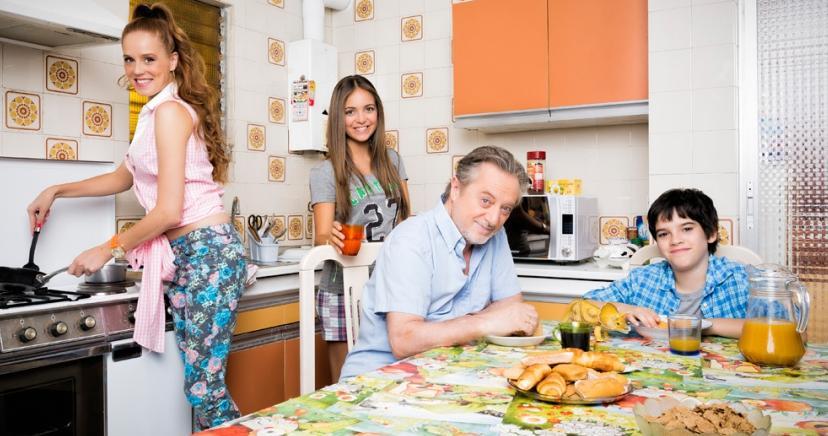 María Castro, Manuel Galiana, Ana Mena y Daniel Avilés familia en 'Vive cantando'.